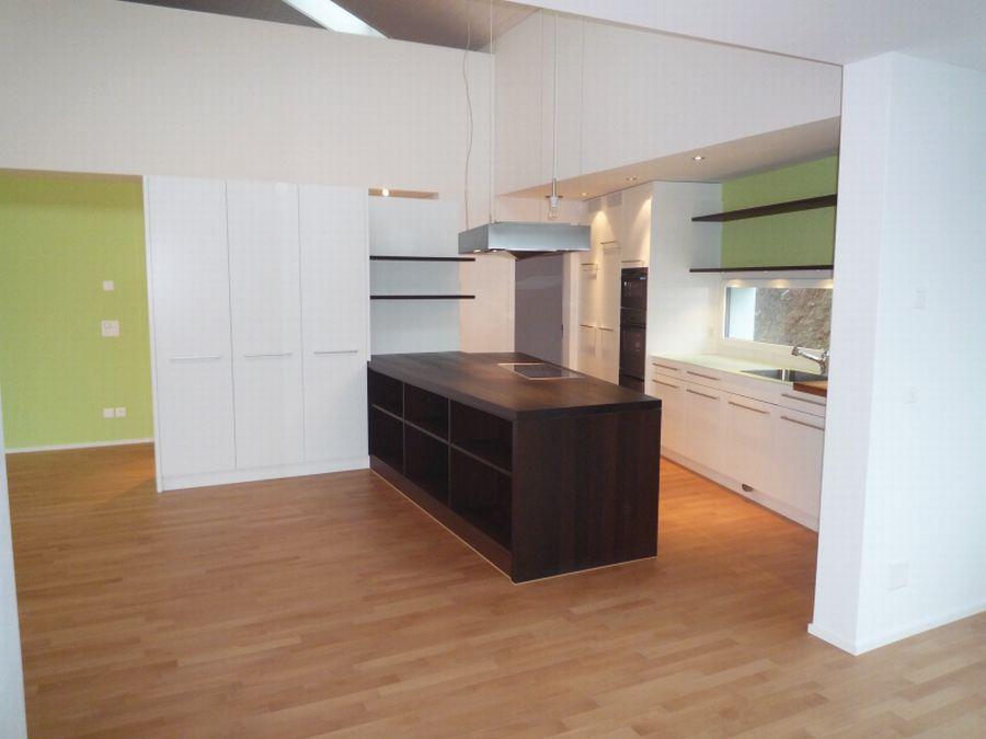 kochinsel in wengeholz fronten in schleiflack ger te v. Black Bedroom Furniture Sets. Home Design Ideas