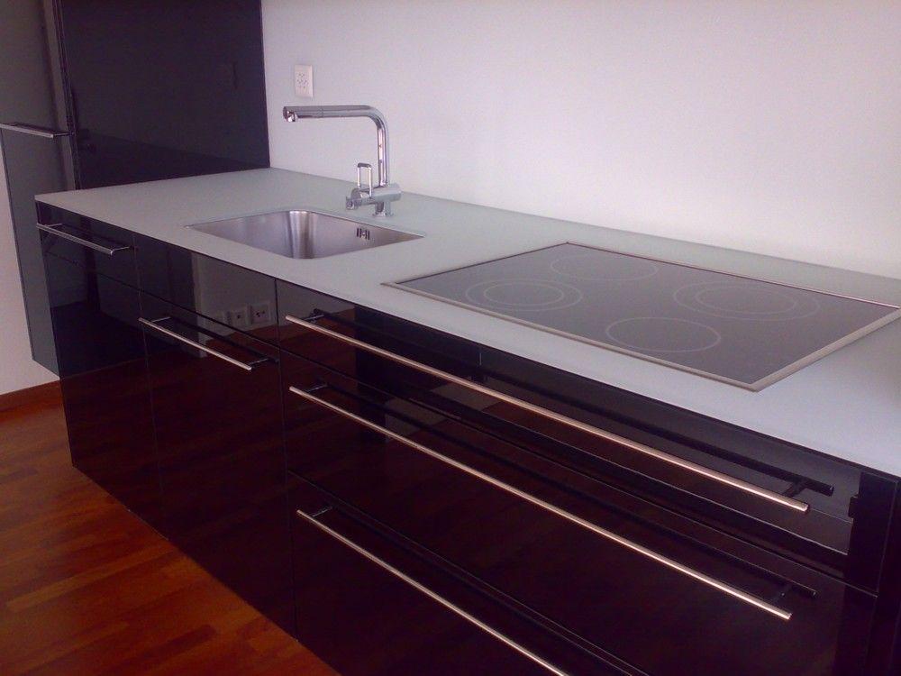 design k che hochglanz schwarz. Black Bedroom Furniture Sets. Home Design Ideas